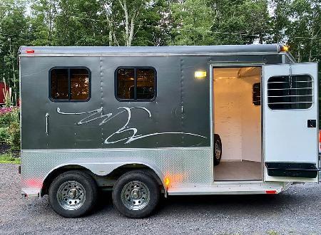 Class Horse Trailer