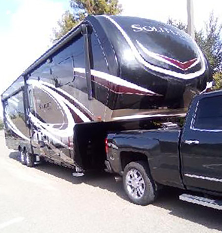 Click here to visit this 5th Wheel Ad!