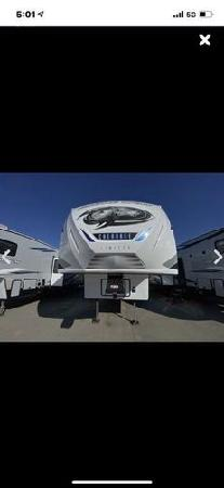 Class 5th wheel for sale